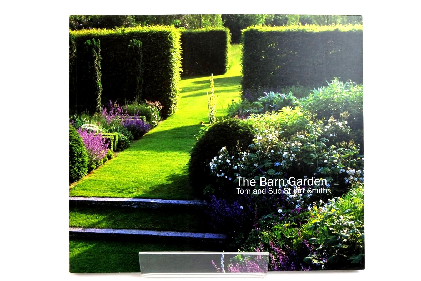 Photo of THE BARN GARDEN: MAKING A PLACE- Stock Number: 2135506