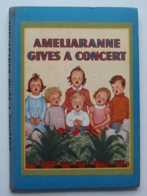 Photo of AMELIARANNE GIVES A CONCERT- Stock Number: 440309