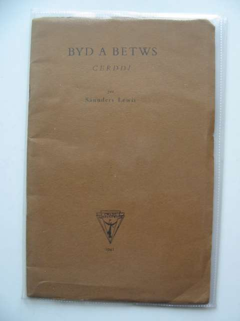 Photo of BYD A BETWS written by Lewis, Saunders published by Gwasg Aberystwyth (STOCK CODE: 587172)  for sale by Stella & Rose's Books
