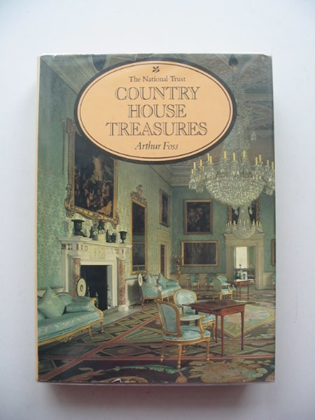 Photo of COUNTRY HOUSE TREASURES written by Foss, Arthur published by Weidenfeld and Nicolson (STOCK CODE: 612924)  for sale by Stella & Rose's Books