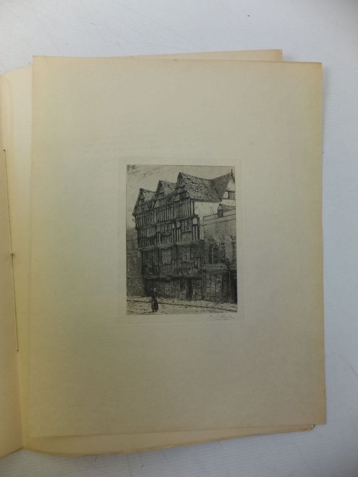 Photo of HISTORIC WORCESTERSHIRE (12 PARTS) written by Brassington, W. Salt published by Midland Educational Co. Ltd. (STOCK CODE: 657670)  for sale by Stella & Rose's Books