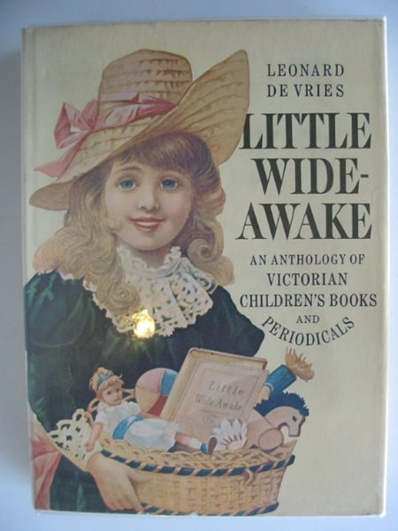 Photo of LITTLE WIDE-AWAKE- Stock Number: 690422