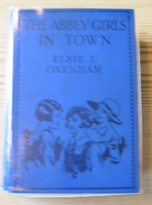 Photo of THE ABBEY GIRLS IN TOWN written by Oxenham, Elsie J. illustrated by Petherick, Rosa C. published by Collins Clear-Type Press (STOCK CODE: 718510)  for sale by Stella & Rose's Books