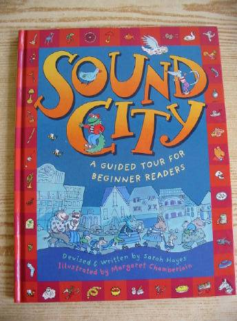 Photo of SOUND CITY written by Hayes, Sarah illustrated by Chamberlain, Margaret published by Walker Books (STOCK CODE: 730807)  for sale by Stella & Rose's Books