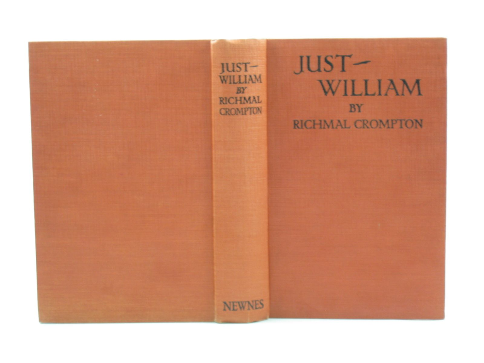 Photo of JUST WILLIAM written by Crompton, Richmal illustrated by Henry, Thomas published by George Newnes Limited (STOCK CODE: 732890)  for sale by Stella & Rose's Books