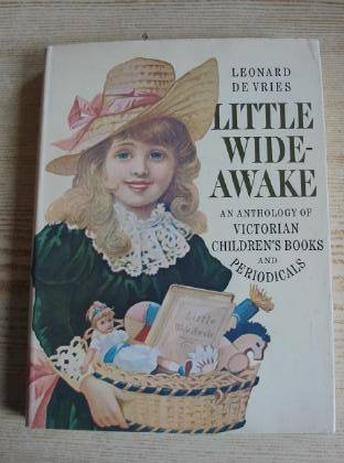 Photo of LITTLE WIDE-AWAKE- Stock Number: 736706