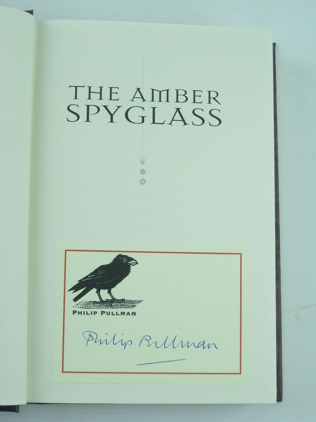 Photo of THE AMBER SPYGLASS written by Pullman, Philip published by Alfred A. Knopf, Inc. (STOCK CODE: 736957)  for sale by Stella & Rose's Books