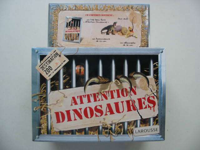 Photo of ATTENTION DINOSAURES- Stock Number: 822506